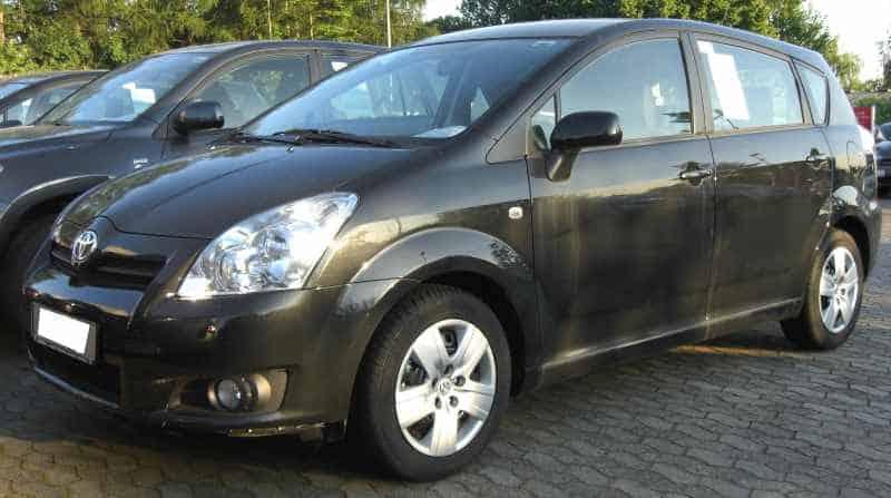 Toyota Corolla Verso II. front