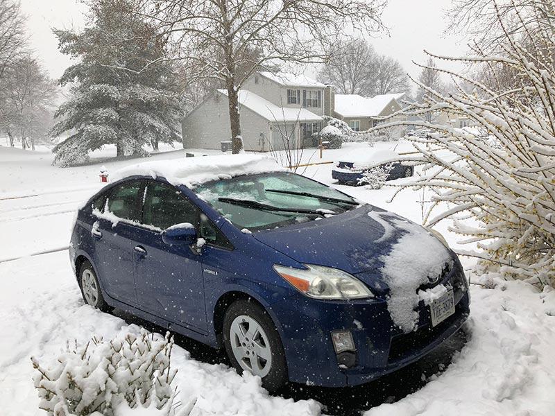 prius in snow
